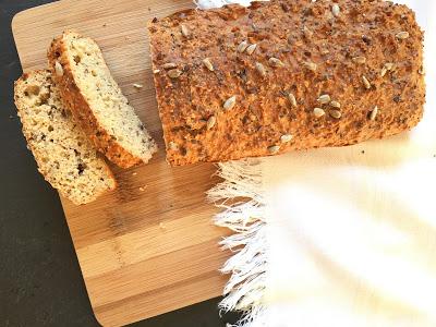 Pão de aveia e sementes