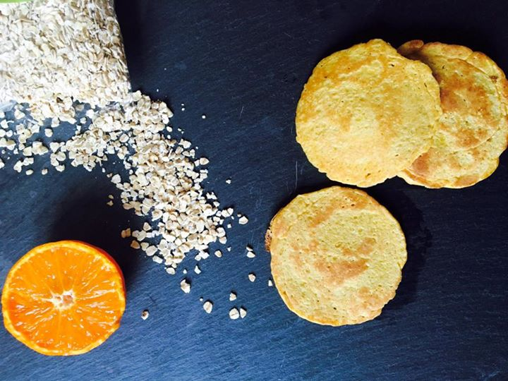 Panquecas de aveia e tangerina