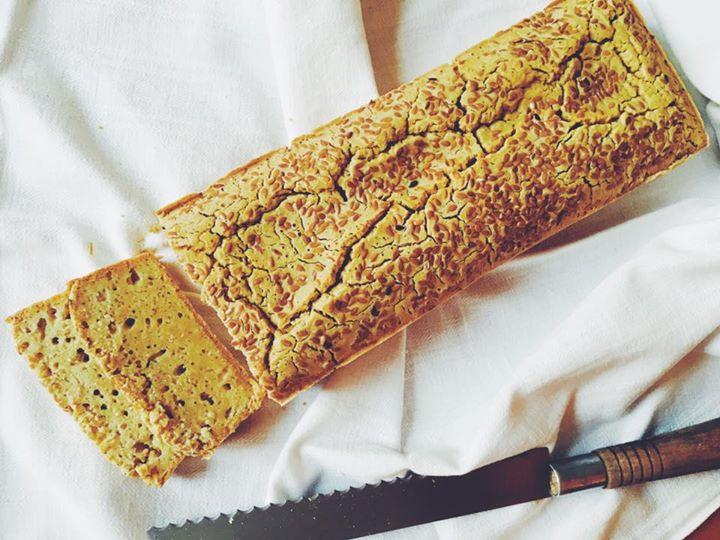 Pão de milho e linhaça