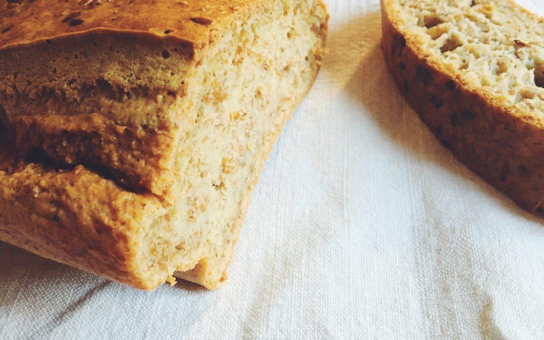 Pão de espelta integral e linhaça